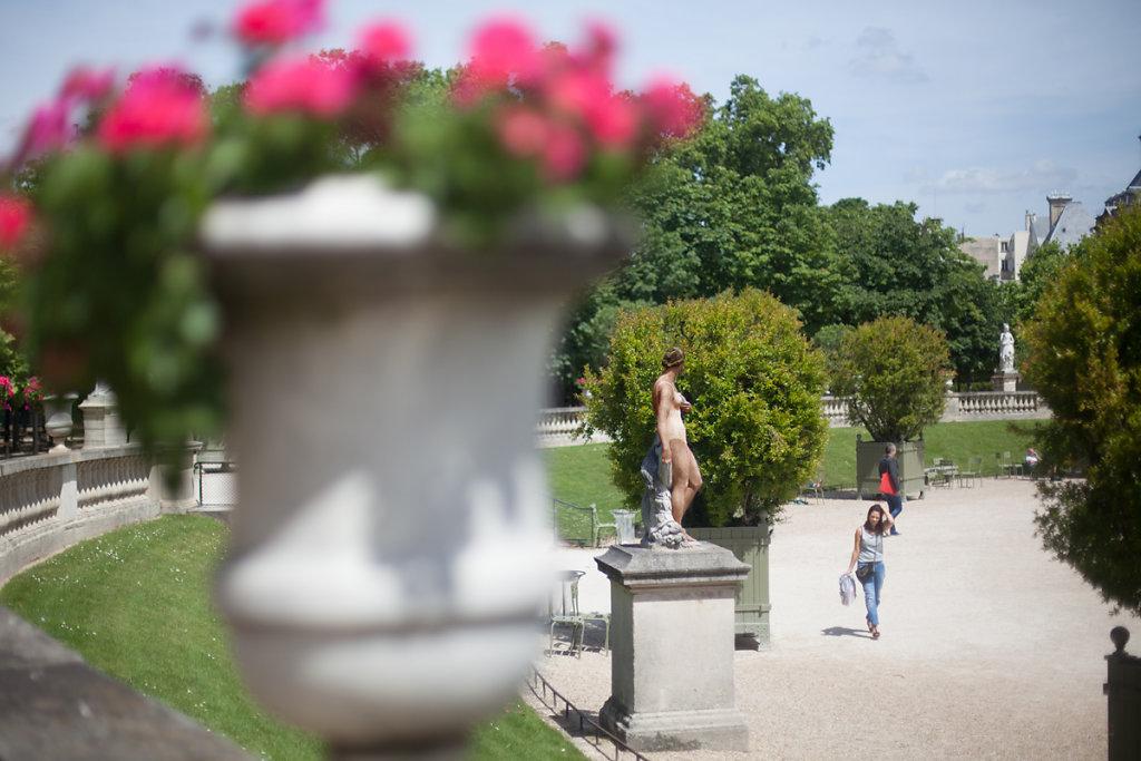 FemmeLuxembourg.jpg